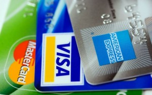 Getting the Best Cashback Credit Card Deals for Gas and Groceries